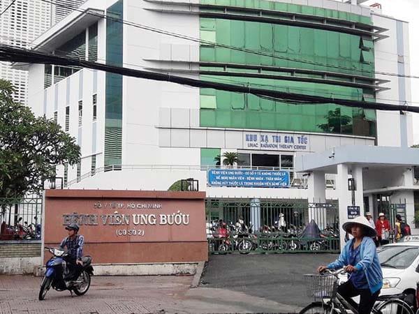 Khám ung thư tại bệnh viện Ung Bướu TP.HCM