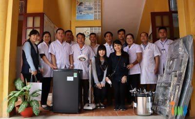 IIMS Việt Nam trao tặng dụng y tế