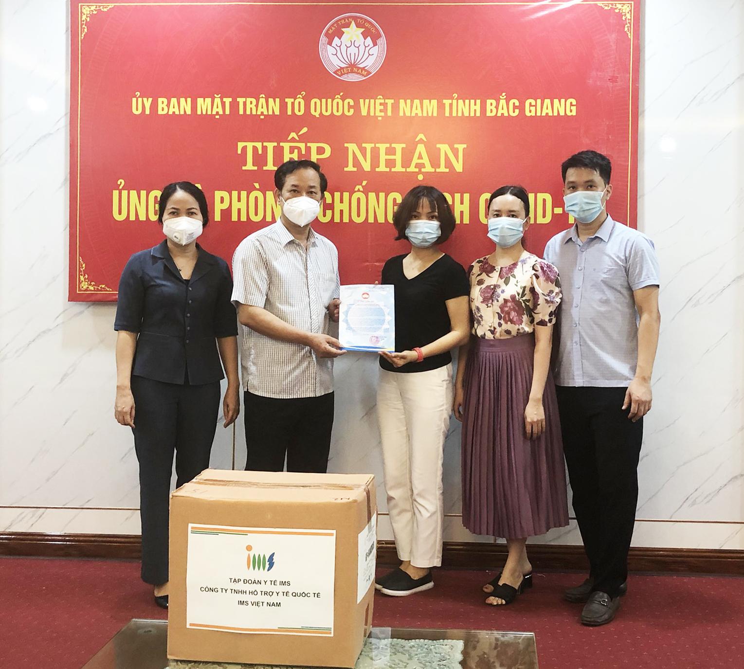 Tập đoàn y tế IMS chung tay hỗ trợ Bắc Giang chống dịch