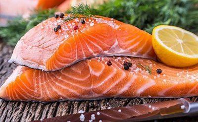 Bệnh nhân ung thư có ăn được cá hồi không?
