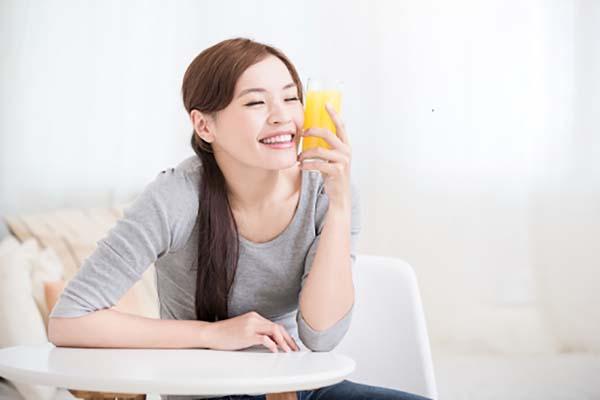 Nước cam có thể giúp cải thiện tâm trạng của bệnh nhân ung thư